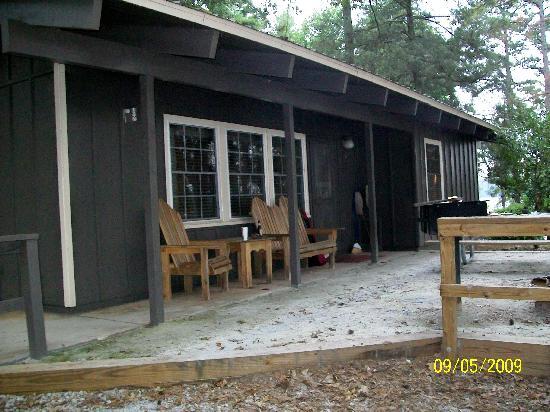 Lavonia, GA: Cabin