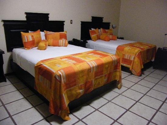 Arenal Manoa Hotel: habitacion