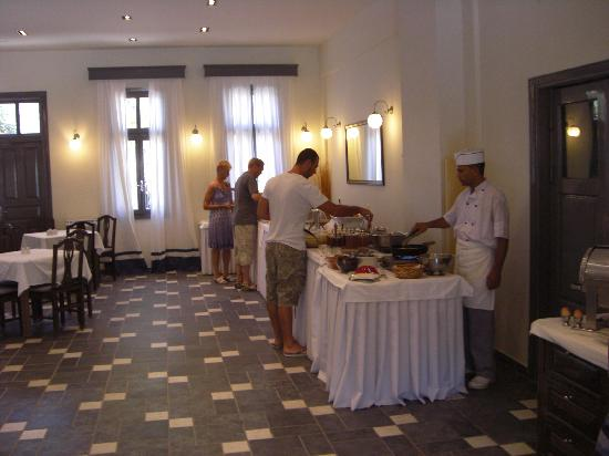 Rose Bay Hotel : buffet & fresh pancakes