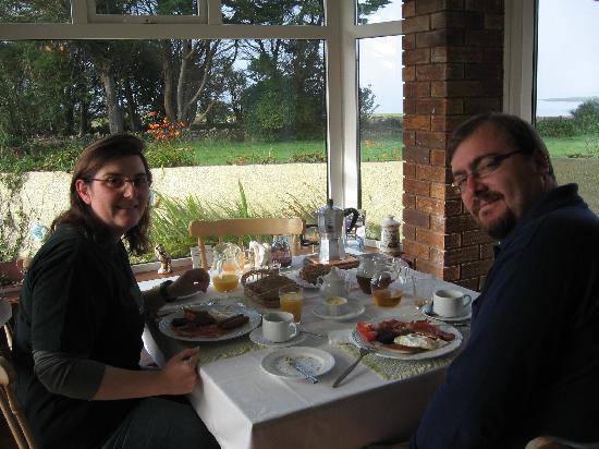 Oranmore, Irlanda: colazione con vista sulla baia