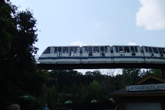 Minnesota Zoo: Monorail
