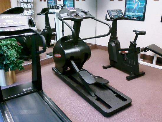 Hampton Inn Cincinnati Eastgate : Fitness Center