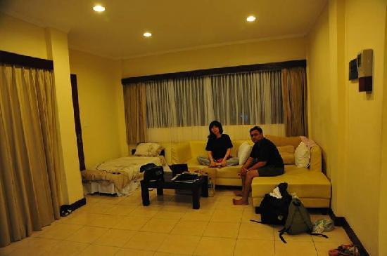 Kuta Townhouse Apartments: inside the apartment