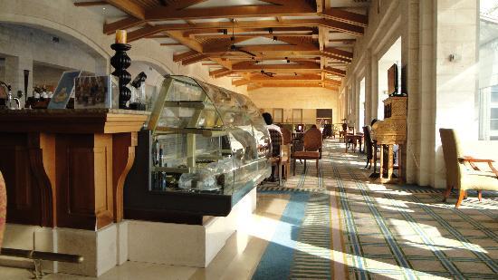 Golden Crown Nazareth Hotel : lobby