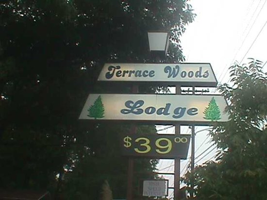Terrace Woods Travel Lodge