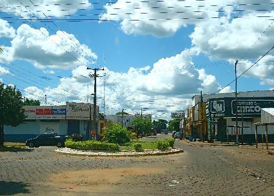 Pedro Juan Caballero, Paraguay: Centro en una tarde de domingo