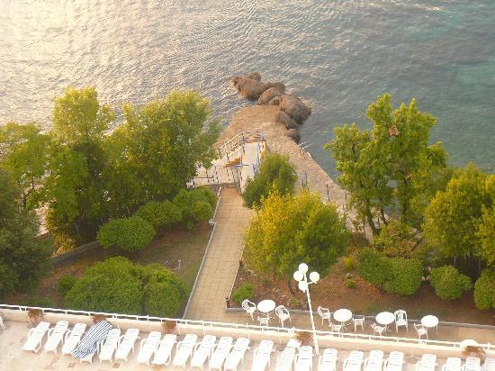 Remisens Premium Hotel Ambasador: Ambasador sea bathing
