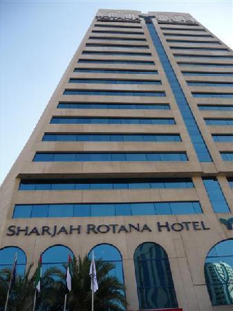 Swiss-Belhotel Sharjah: Sharjah Rotana Hotel