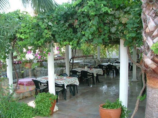 Mehtap Hotel Dalyan: The Restaurant