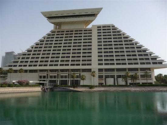 Sheraton Grand Doha Resort Convention Hotel And 1