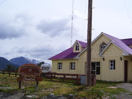 Albergue lo de Trivi: Frente del Hostel