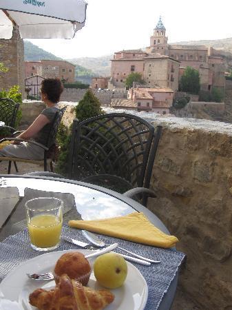 Hotel La Casa del Tio Americano: Breakfast with a view