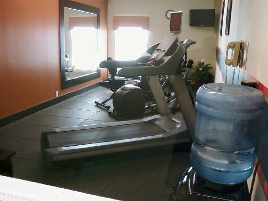 Hampton Inn Cincinnati - Kings Island: Fitness center