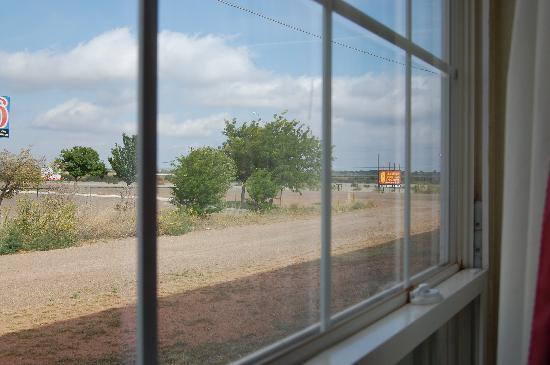 Econo Lodge Tucumcari : View from window