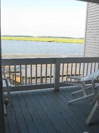 Wyndham Ocean Ridge: View out towards deck
