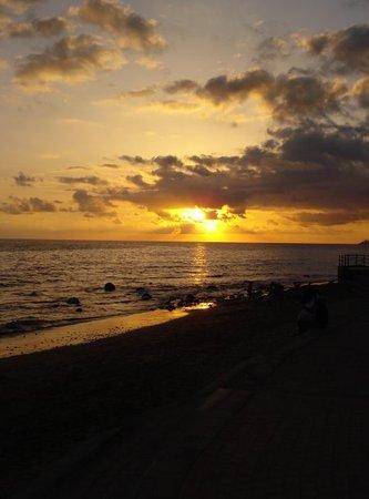 Playa del Ingles, Espanha: Apuesta de sol...que bonito