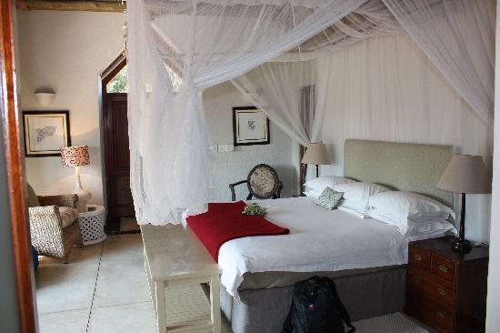 Thornybush Game Lodge: Suite #9
