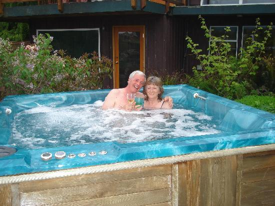The Tides Inn on Duffin Cove: Us in hot water