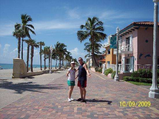 Hollywood Beach Marriott Husband And Youngest Daughter On Broadwalk