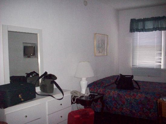 AAE Miami Beach Lombardy Hotel: la stanza