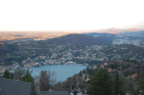 Vista Lago: Early morning view from room (March 2009)