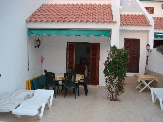 Tegueste Villas: Patio and Bar -B-Q