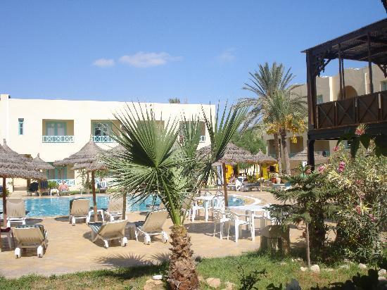 Diar Yassine: hotel-pool
