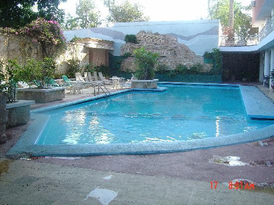 Mision Merida Panamericana : Swimming pool