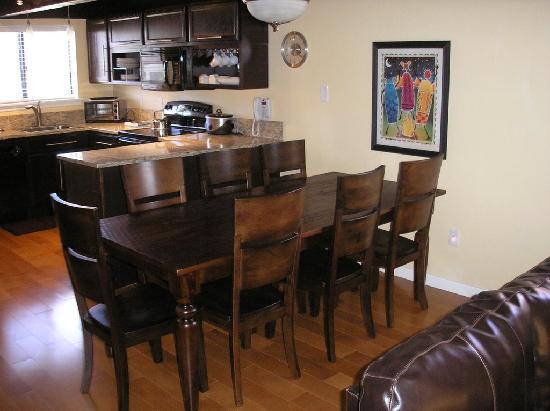 Meadow Ridge Resort : Unit 28-8 Nice kitchen