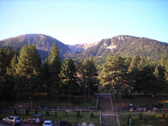 Alp, İspanya: Vistas a las pistas de esquí