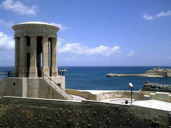 Great Siege of Malta and the Knights of St. John: Siege Bell memorial