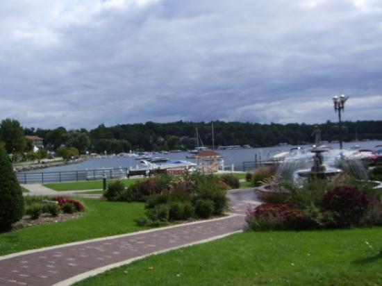 Geneva Lake: Lake Geneva