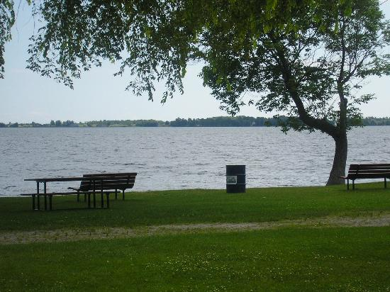 Napanee, Kanada: Ontario lake view