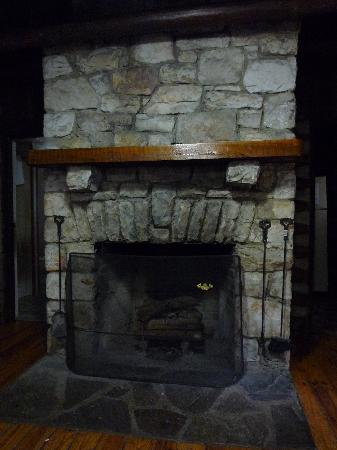 Cacapon Resort State Park: Stone Fireplace in Standard Cabin