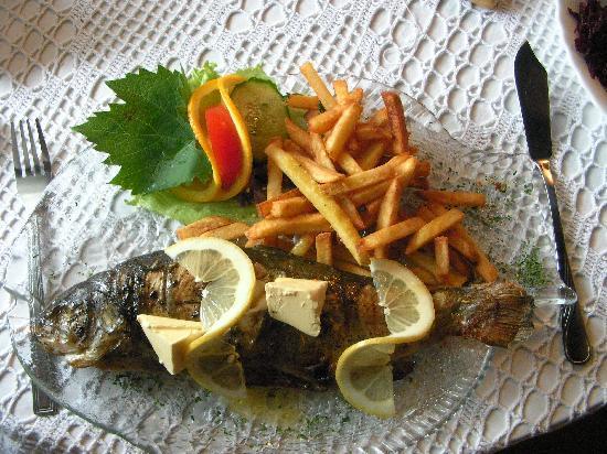 Diament Vacanza Hotel : Fish Restauant for Lunch