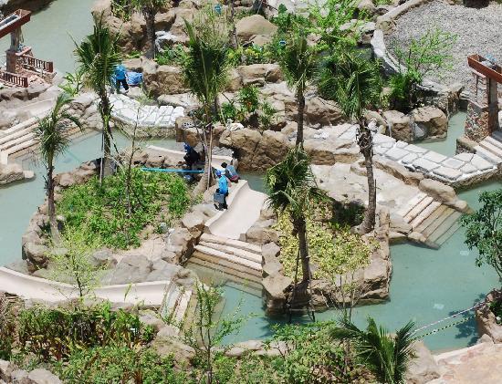 Centara Grand Mirage Beach Resort Pattaya: River out of service AGAIN