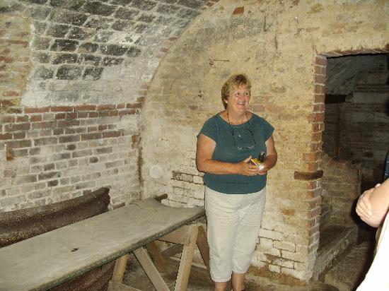 Avril Williams Guest House : The cellar