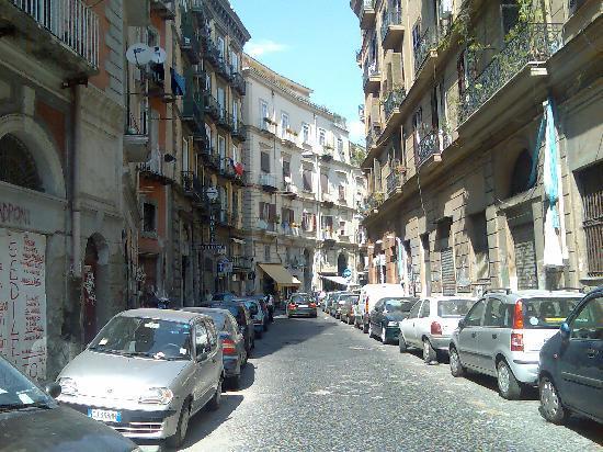 Via Sedile Di Porto.Via Sedile Di Porto Picture Of Hotel Nettuno Naples