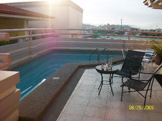 Hotel Alejandro: roof top pool