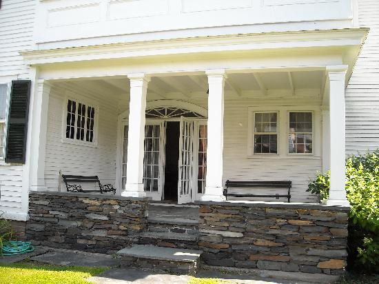 The Inn at Montpelier: white house back porch