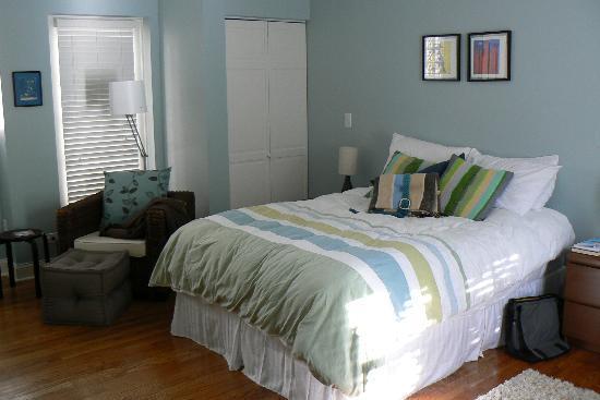 Magnolia Studios: The oh-so-cozy bed
