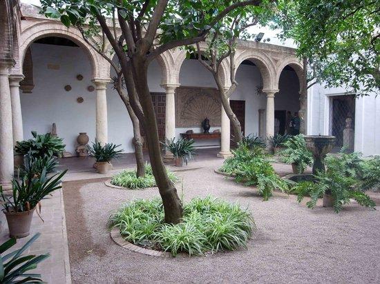 Palacio-Museo de Viana: Chapel Courtyard No. 3