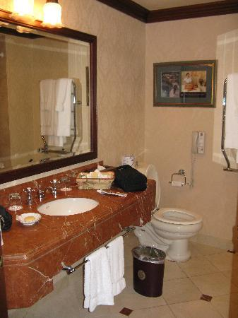 Prince of Wales: Bathroom