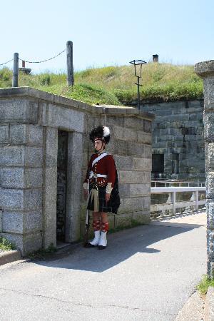 แหล่งประวัติศาสตร์แห่งชาติซิทาเดล: On guard....