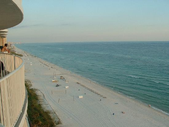 เลกาซี่บายเดอะซี: View from the 12th floor