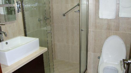 Hotel Alameda de la 10: Vista baño