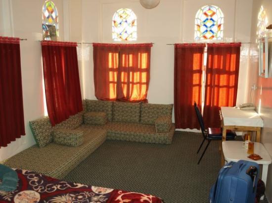 Photo Chambre Hotel Luxueux : Ma chambre à l hôtel arabia felix moins luxueux que le