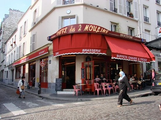 cafe des deux moulins paris montmartre restaurant reviews phone number photos tripadvisor. Black Bedroom Furniture Sets. Home Design Ideas