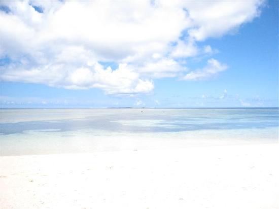 Tarama-son, Japon : 白砂が広がる多良間のビーチ