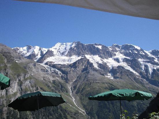 Pension Gimmelwald: view from the inn's patio